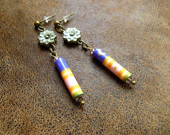 Boho earrings ~ dangle ~ * unique * ~ chips ~ paper jewelry ~ paper beads ~ Paper jewellery ~ handmade Lampwork beads