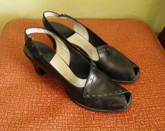 1940s Heels- Slingbacks- Peep Toe- Black Leather- Naturalizer- Asymmetrical- US 8- UK 6