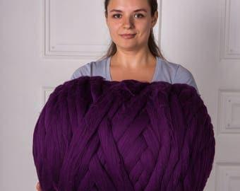 2 lbs/1 kg Merino wool yarn. Super bulky yarn. Chunky yarn. Bulky knit. Wool roving. Arm knitting. Pure fibre. Combed top. Giant knit. Jumbo