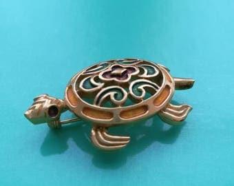 CROWN TRIFARI Turtle Gold Tone Enamel Brooch Pin