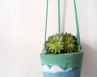 Hanging Planter with Seafoam Palette