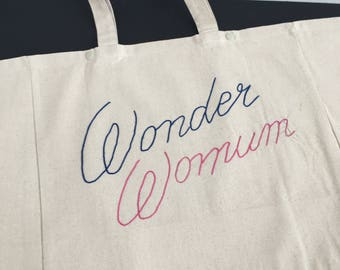 "**PROMO** Cabas ""Wonder Womum"" - Broderie Cornely"