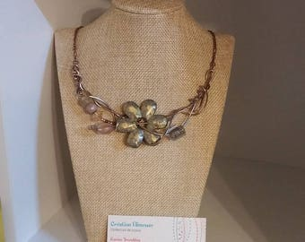 Beige flower necklace, champagne wire