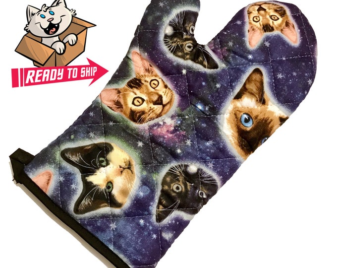 Featured listing image: Galaxy Cat Oven Mitt
