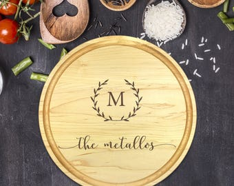Custom Cutting Board Round - Engraved Cutting Board, Wedding Gift, Personalized Gift, Housewarming Gift, Anniversary Gift, Christmas, B-0022