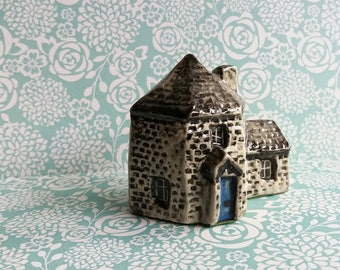 1980's Tey Pottery Miniature House - Countryside Collection - Britain in Miniature - No. 24 Toll House