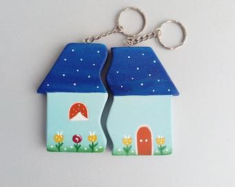 Portachiavi in legno casetta doppio portachiavi - Portafortuna casa nuova ...
