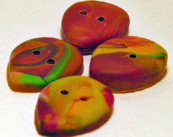 Buttons. Autumn leaf buttons in a set of 4.
