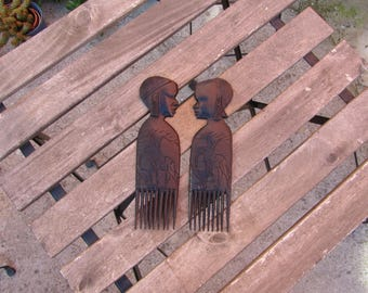 Pair of African ebony wood Combs