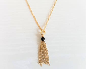 Delicate Chain Tassel Necklace in 16k Gold