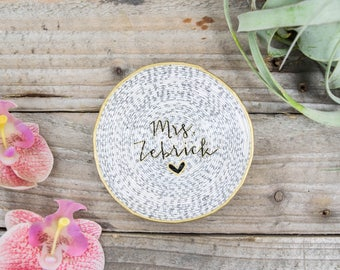 Mrs. Magazine Ring Dish | Engagement Gift | Catchall | Custom Name | Trinket Dish | Ring Holder | Bridesmaid Gift | Jewelry Dish
