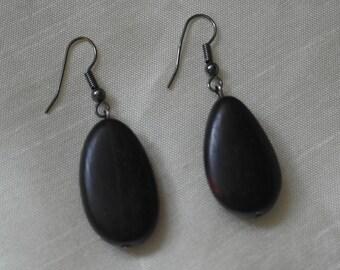 Vintage wooden drop earrings