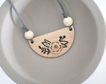 "Necklace - ""Flower"" - Bamboo, wooden necklace"