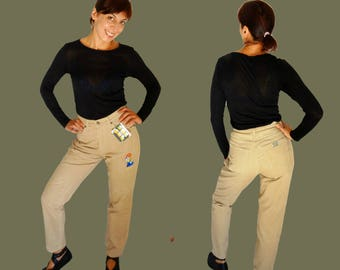 Corduroy mom jeans beige pants W27 straight leg high waisted embroidered 80s Pants 1980s Vintage Dolanl Duck Disney M Medium  W27
