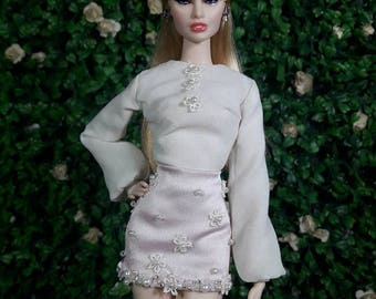 "LOVELY DOVELY - Look 4 - Fashion for Fr2, Barbie, Silkstone and same size 12"" doll"