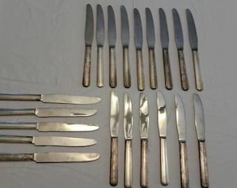 21 piece antique flatware hotel mayfair butter knives-  silco & 500 stainless 1960 's - knifes silverware kitchen vintage restaurant