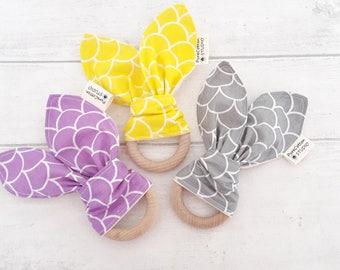 organic baby teether - yellow - grey - purple - geometric print - organic wood teething ring - teething toy - sensory toy - baby gift set UK