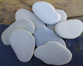 8 large beach stones 3.5''- 4''[9-10cm]. Flat sea stones. Natural sea pebbles for various crafts and decoration.