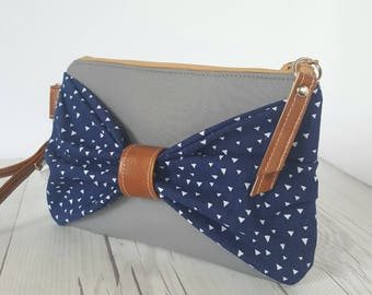 Bow Wristlet - Gray Navy Blue Wristlet Wallet - Bow Bag - Womens Wallet - Faux Leather - Small Crossbody - Phone Wallet - Wristlet Purse