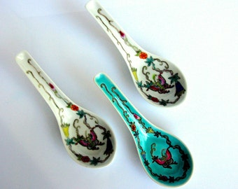 Chinese Famille Rose Porcelain Soup Spoons / Serving Spoons / Miso Soup Spoons / Rice Noodle Spoon / Set Of Three / Butterfly / Hand Painted
