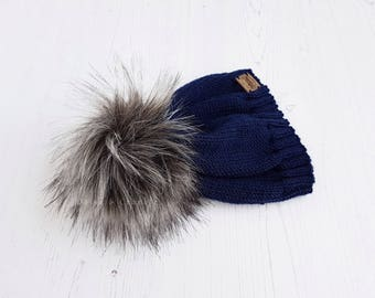Faux fur pom pom hat|hand knitted baby hat|navy blue knit beanie|merino wool hat|pom pom baby hat|3-6 months clothes|uk seller|READY TO SHIP