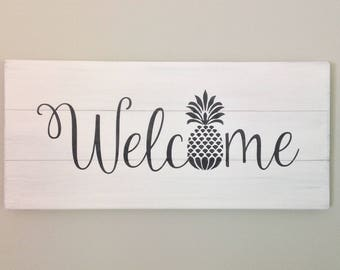 Welcome pineapple sign farmhouse decor wood pallet decor wood pallet sign shabby chic decor welcome sign housewarming gift