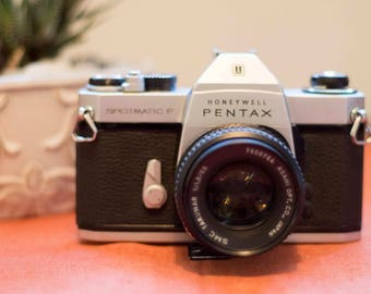 PENTAX SPOTMATIC F (S P-F) • Vintage 35mm SLR Camera