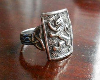 Vintage Silver Lion Ring, Celtic Band, 925 Mid Century Silver, British Lion