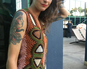 60s 70s Crocheted, Suede Patchwork Vest w/ Huge Owl on Back by Shang's, Hippie, Boho, Trippy, Psychedelic, Women's Medium Amazing Condition!