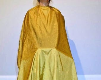 "TrendingTools2 Velcro Hair Cutting Cape Hairdresser Barber Gown Stylist ""Gold"" Size-Large."