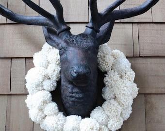 Pom Pom Wreath, Christmas Wreath, Xmas Ornament, Xmas Decor, Door Hanger, Pompom Wreath, Front Door Wreath, Christmas Gift, Christmas Decor