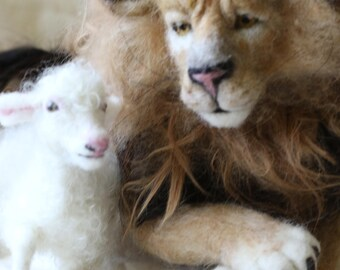 Needle Felted Lion and the Lamb Sculpted pair