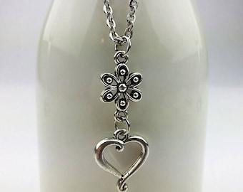 "Handmade Necklace  ""Marguerite et coeur"""