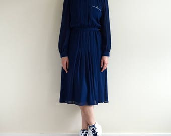navy sheer sleeve dress / piping collar / button down / polyester / US6 / small