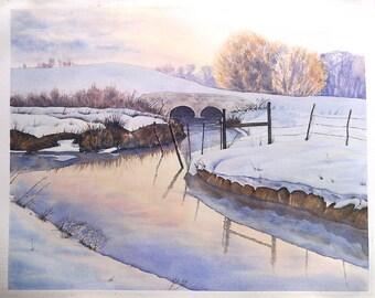 Aquarelle originale, paysage d'hiver, pont et rivière enneigés, soleil levant