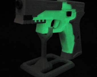Accurate Ghost in the shell Inspired Thermoptic Glowing Dark Pistol Replica