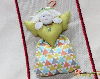 Angel to hang for decoration in the holiday season