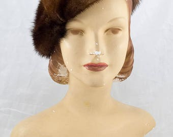 1950s 1960s Mink Fur Beret, Can be Worn Several Ways, Excellent Condition