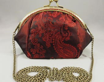 Red Kiss Clasp Bag,Large Red Coin Purse,Coin Purse With Chain,Taffeta Evening Bag,Clutch Purse With Shoulder Strap,Red Purse with Chain,Gift