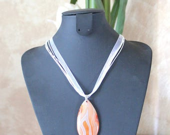 Necklace in agate - semiprecious