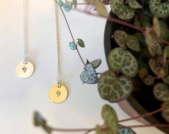 Handstamped Cactus - Succulent Necklace- Bridesmaid Gifts - Bridesmaid Necklace- Nature- Minimalist Jewelry《the Mia》