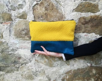 Yellow mustard and blue leather Clutch in Casentino cloth