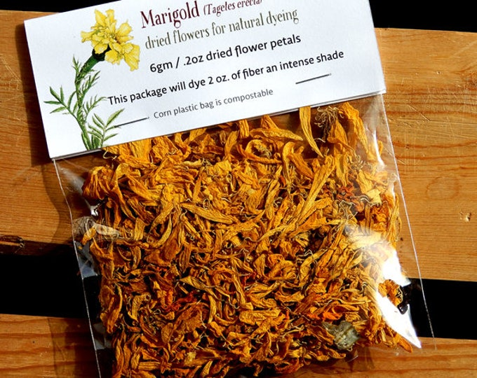 Marigold dried flower petals