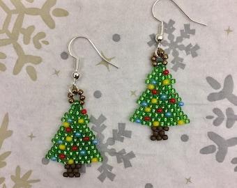 Christmas tree Earrings, Christmas Earrings, Winter Earrings, Christmas tree, Christmas, Winter, Holidays, Beads, Handmade, Gift