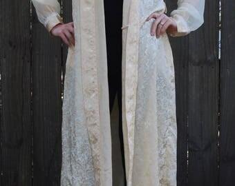Vintage Pastel Yellow Kimono Lingerie Robe