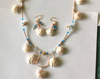 Beaded Multi Shell Wire Wrap Necklace Set