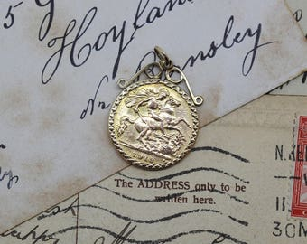 Antique Solid 22ct Gold George V 1913 Half Sovereign in 9ct Pendant / Necklace Mount