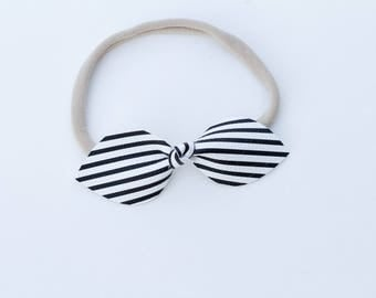 Knot Bow - Black and White Collection