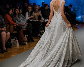 Silver wedding dress etsy size s sequin wedding dress glitter wedding dress silver wedding dress junglespirit Choice Image