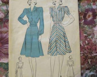 Vintage Advance 2649 Tailored Dress Pattern, 1944, size 16/34, Complete, FF